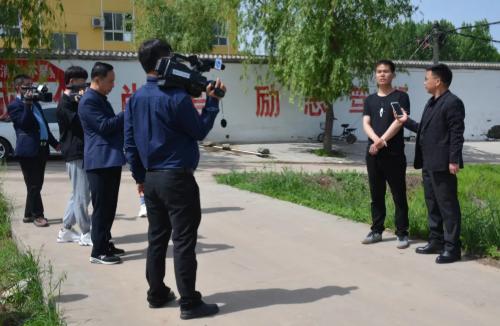 中央和省级媒体记者团来内埠镇集中采风