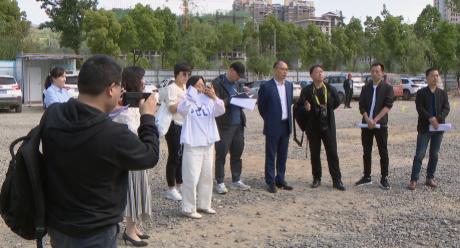 20余家媒体记者在剑阁集中采访